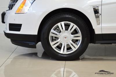 Cadillac SRX  (9).JPG