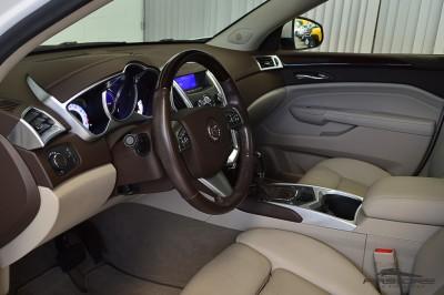 Cadillac SRX  (4).JPG