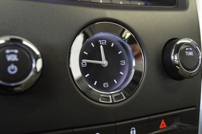 Cadillac SRX  (16).JPG