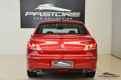 Peugeot 408 Griffe THP 2013 (3).JPG