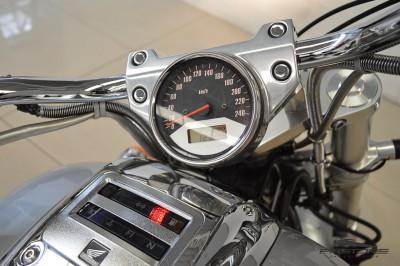 Honda VTX 1800C 2006 (8).JPG