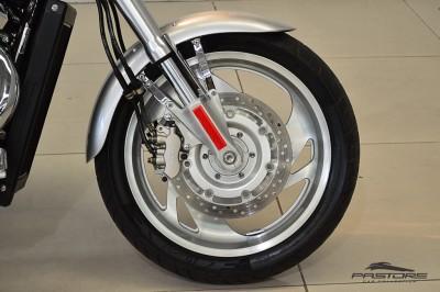 Honda VTX 1800C 2006 (10).JPG