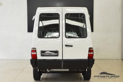 FIAT Fiorino Furgão IE - 2001 (3).JPG