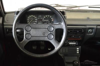 VW Voyage GLS 1988 (26).JPG
