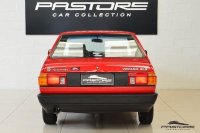 VW Voyage GLS 1988 (3).JPG