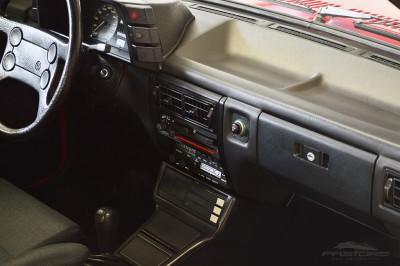 VW Voyage GLS 1988 (28).JPG