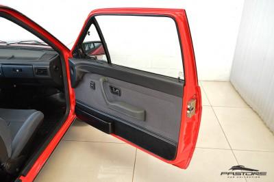 VW Voyage GLS 1988 (29).JPG