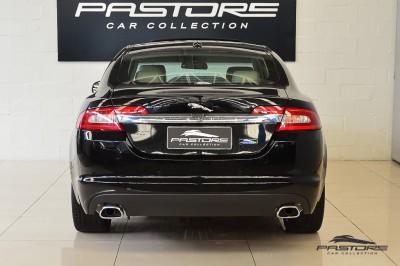Jaguar XF (3).JPG