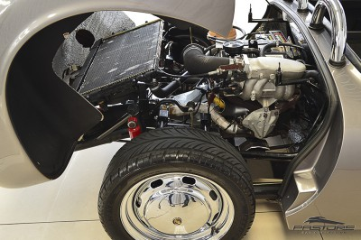 Porsche 550 Spyder (14).JPG