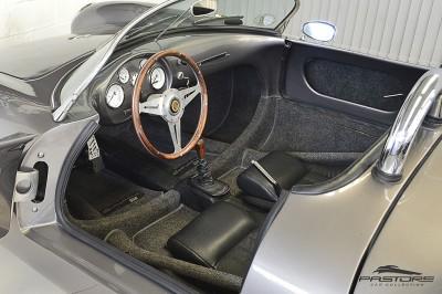 Porsche 550 Spyder (4).JPG