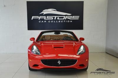 Ferrari Califórnia 2010 (17).JPG