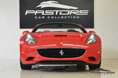 Ferrari Califórnia 2010 (11).JPG