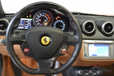 Ferrari Califórnia 2010 (39).JPG