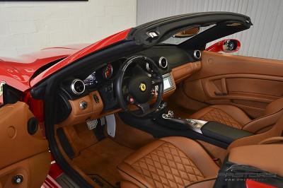 Ferrari Califórnia 2010 (4).JPG