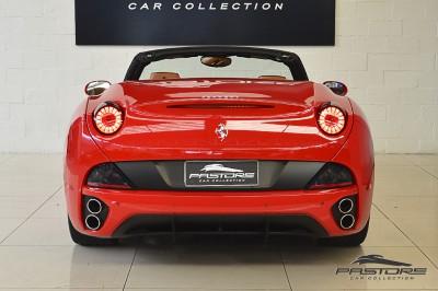 Ferrari Califórnia 2010 (3).JPG