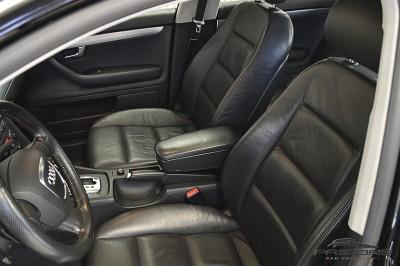 Audi A4 1.8T 2006 (12).JPG