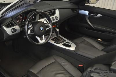 BMW Z4 sDriver23i - 2010 (4).JPG