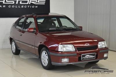 Chevrolet Kadett GSI 1993 (8).JPG