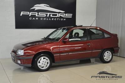 Chevrolet Kadett GSI 1993 (17).JPG