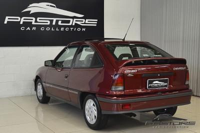 Chevrolet Kadett GSI 1993 (18).JPG