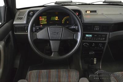 Chevrolet Kadett GSI 1993 (26).JPG