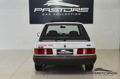 Ford Escort XR3 1987 (3).JPG