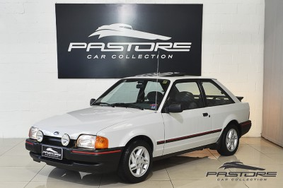 Ford Escort XR3 1987 (1).JPG
