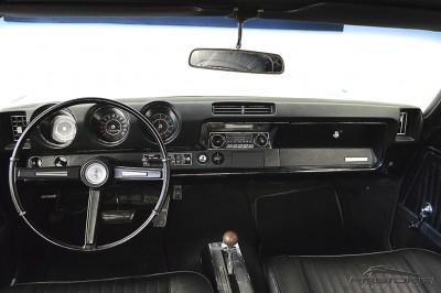 Oldsmobile Cutlass Supreme 1968 (5).JPG