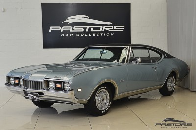 Oldsmobile Cutlass Supreme 1968 (1).JPG