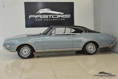 Oldsmobile Cutlass Supreme 1968 (2).JPG