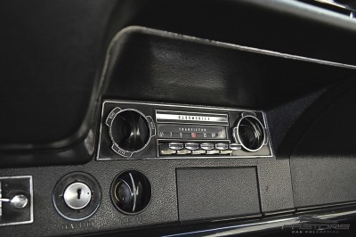 Oldsmobile Cutlass Supreme 1968 (26).JPG