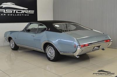 Oldsmobile Cutlass Supreme 1968 (14).JPG