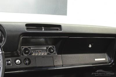 Oldsmobile Cutlass Supreme 1968 (24).JPG