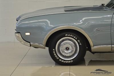 Oldsmobile Cutlass Supreme 1968 (11).JPG