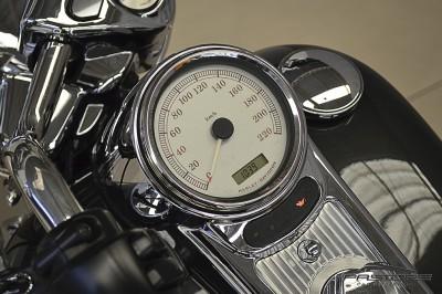 Harley Davidson Road King Custom 2007 (4).JPG