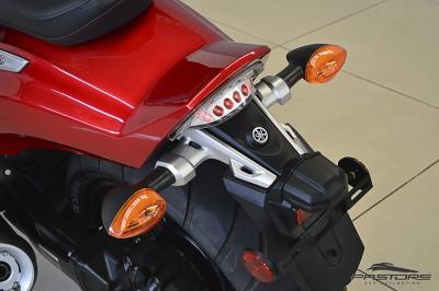 Yamaha VMax 1800 (6).JPG