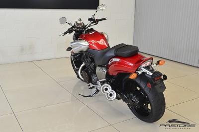 Yamaha VMax 1800 (4).JPG