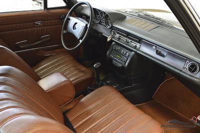 Mercedes-Benz 250C 1972 (19).JPG