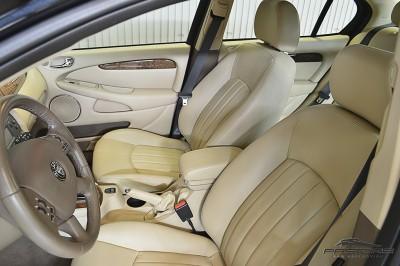 Jaguar XType AWD (18).JPG