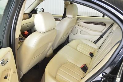 Jaguar XType AWD (17).JPG