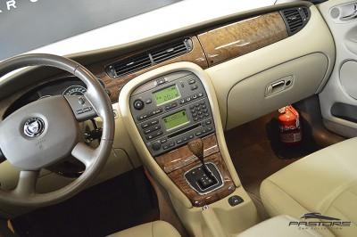 Jaguar XType AWD (19).JPG