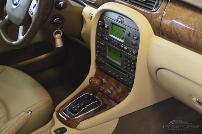 Jaguar XType AWD (24).JPG