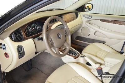 Jaguar XType AWD (4).JPG