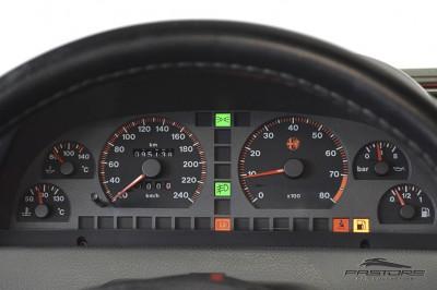 Alfa Romeo 155 Super 1996 (22).JPG