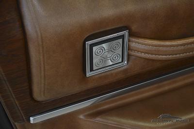 Cadillac Sedan De Ville 1973 (20).JPG