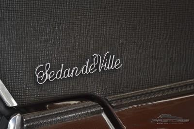 Cadillac Sedan De Ville 1973 (14).JPG