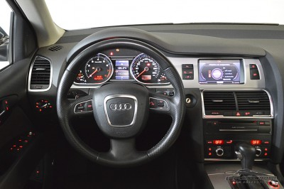 Audi Q7 3.0 TFSI - 2011 (17).JPG