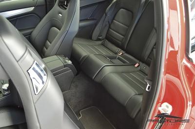 Mercedes-Benz C63 AMG - 2013 (29).JPG