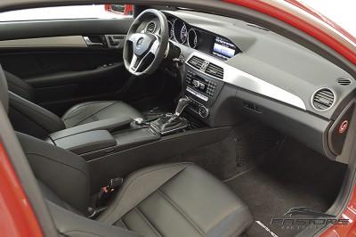 Mercedes-Benz C63 AMG - 2013 (8).JPG