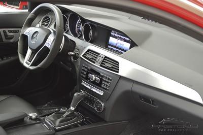 Mercedes-Benz C63 AMG - 2013 (38).JPG